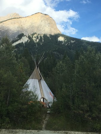 Quantum Leaps Lodge: One of the tipis