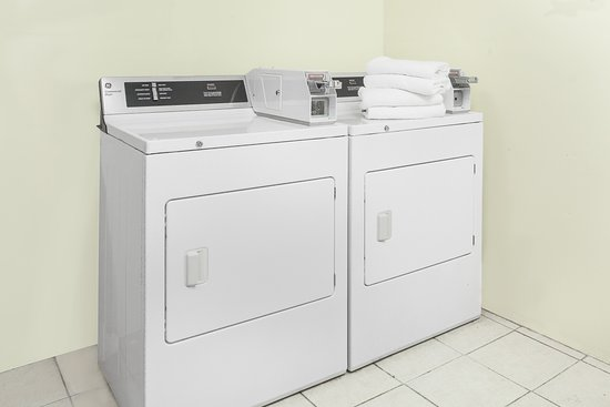 Days Inn Wilkes Barre: Guest Laundry