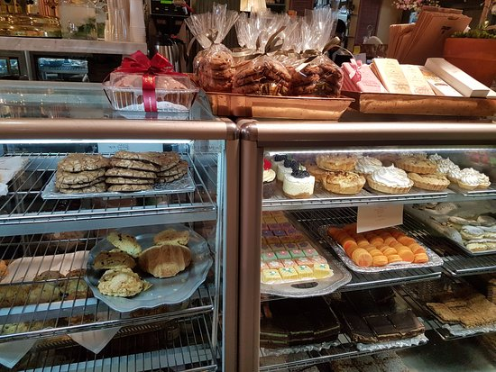 Julienne: Cookies & Pastries