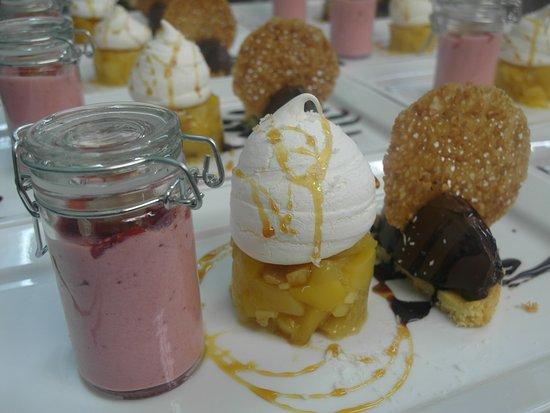 Crosne, Francia: Dégustation De Dessert