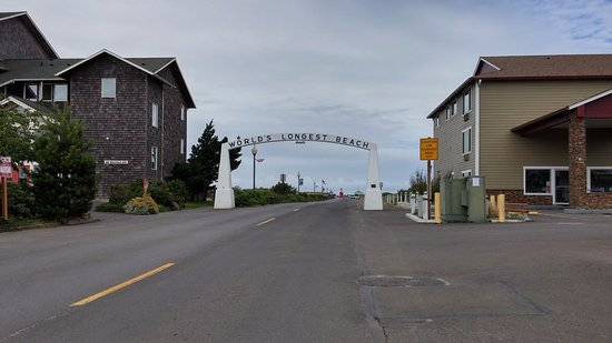 Long Beach, WA: Main entrance to the beach