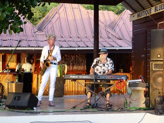 Mustique: Sunday Jazz