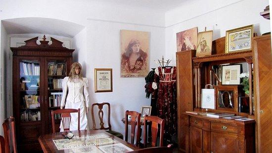 Salon Heleny Modrzejewskiej