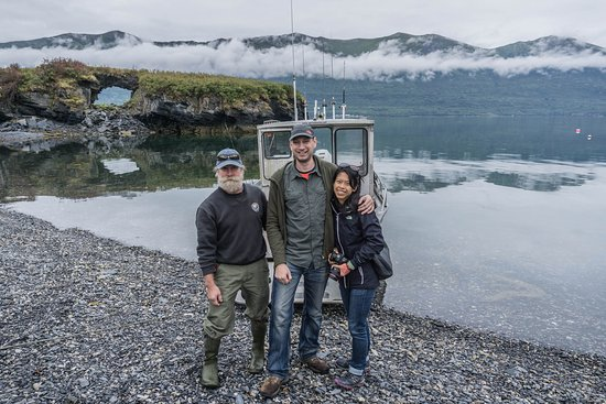 Kodiak National Wildlife Refuge, อลาสกา: Steele, myself and my wife
