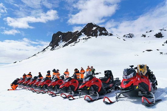 Snowmobile.is