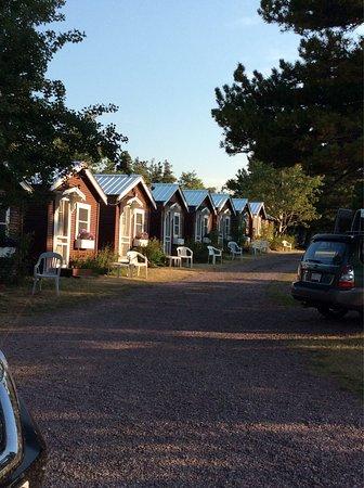 East Glacier Motel & Cabins: photo1.jpg