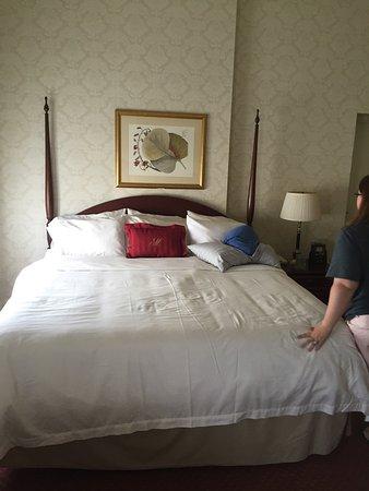 Greeneville, TN: The General Morgan Inn