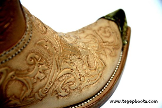 Tegep Boots