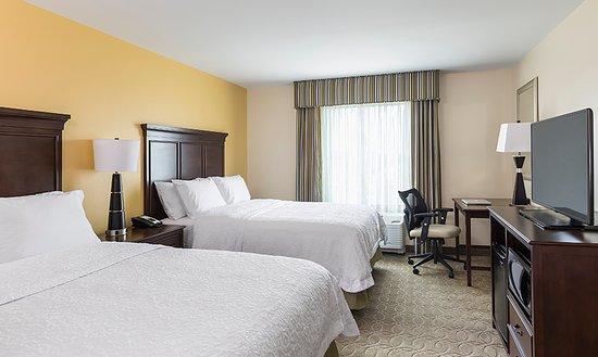 Niles, OH: Queen/Queen Guest Room