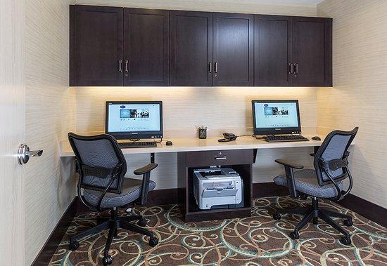 Niles, OH: 24-Hour Business Center