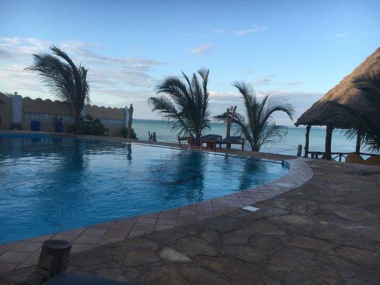 Queen of Sheba Beach Hotel: photo0.jpg