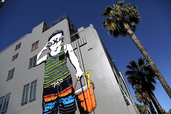 Santa Monica, CA: Beach Kid Mural on Wilshire Blvd.