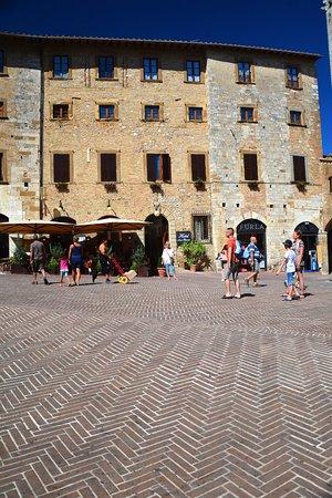 Hotel Leon Bianco Photo