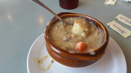 Whately, MA: Cheese burger chowder was very tasty