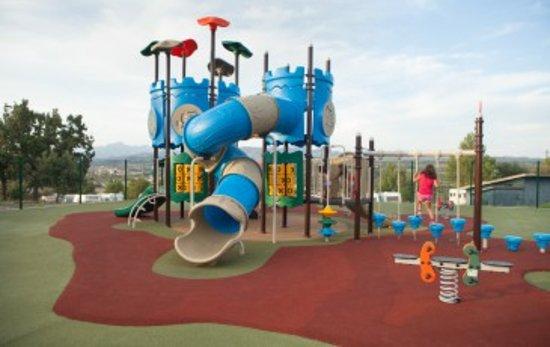 Gironella, Espanha: Parque infantil