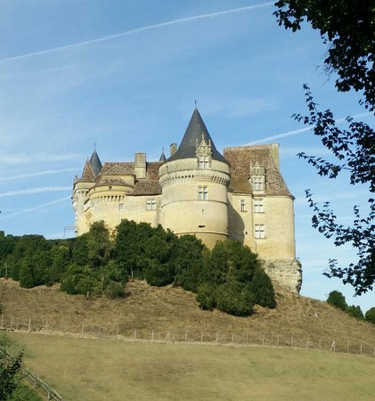 Ch teau de bannes picture of beaumont du perigord for Chateau beaumont