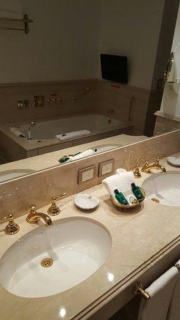 Alvear Palace Hotel: 20160811_194821_large.jpg