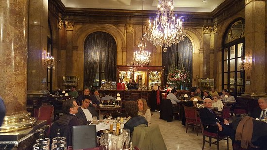 Alvear Palace Hotel: 20160811_200816_large.jpg
