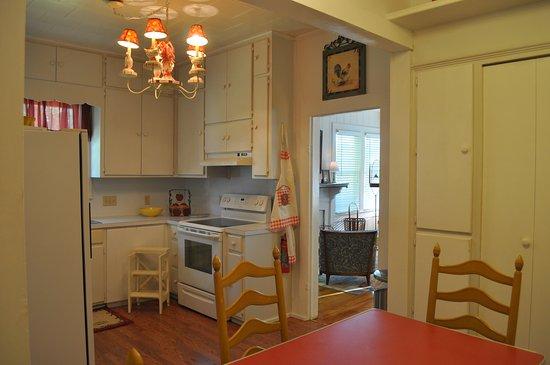 Llano, TX: Flossie's Cottage Kitchen