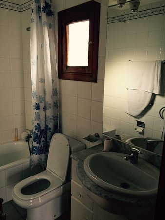 Castillo Beach: Moon Apartments Nice Clean And Good Value Negative Reviews  Are Not Fair For