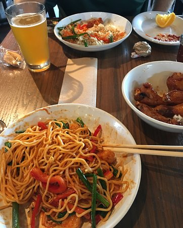 Pei Wei Asian Diner: Korean Spicy Shrimp Noodle bowl, Thai Dynamite Bowl w/shrimp and brown rice along with wings