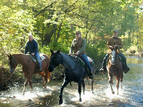 Spring City, Pensilvanya: Riding through the French Creek