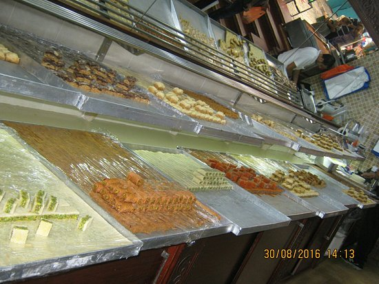 Kashash oriental sweets: Simply out of this word!
