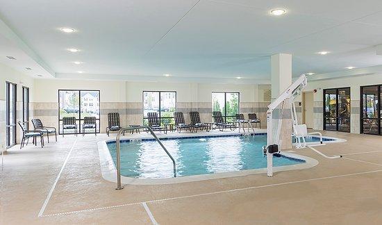 ไนล์, โอไฮโอ: Indoor Heated Pool