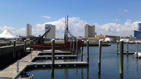 Atlantic City, NJ: docks at Gardner's Basin
