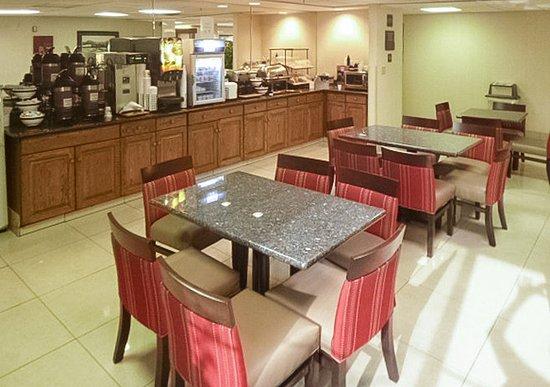 Comfort Inn: Breakfast