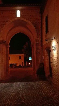 Staffolo, Italia: IMG_20160901_212341_large.jpg