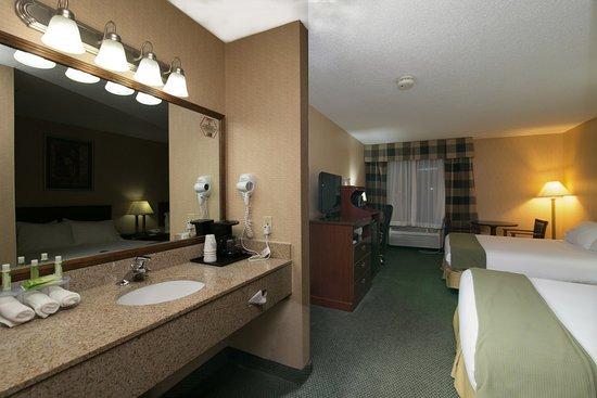 Sycamore, IL : Guest Room