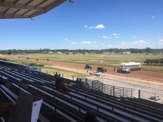 Finger Lakes Gaming & Racetrack: Getting ready to line up
