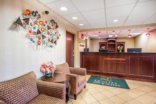Absecon, NJ: Lobby