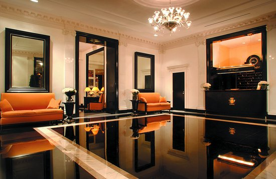 The Carlyle, A Rosewood Hotel: Lobby