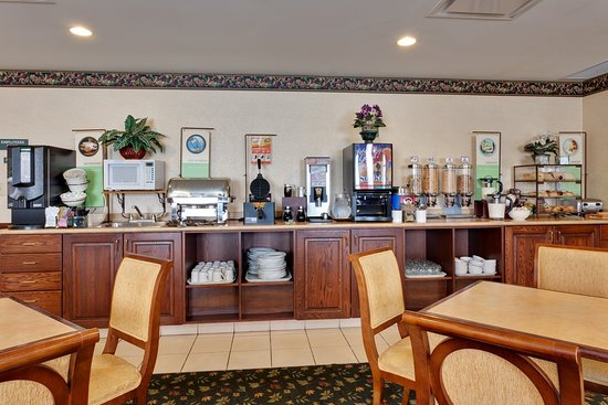 Country Inn & Suites By Carlson, London South, ON: CountryInn&Suites LondonSouth  BreakfastRoom