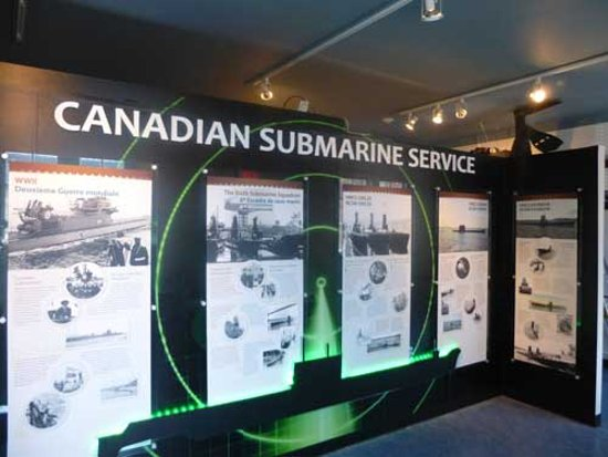 Esquimalt, Kanada: Canadian Service in Submarines
