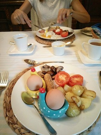 Hindolveston, UK: Breakfast can be light or as filling as you like