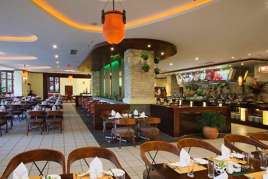 Holiday Inn Resort Sanya Bay: Marina Cafe