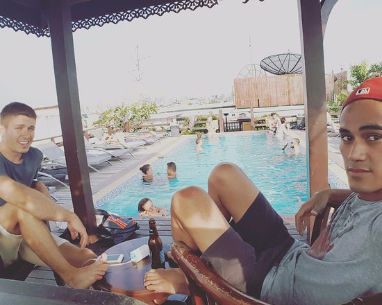 at the RoofTop Pool of Khaosan Palace Hotel
