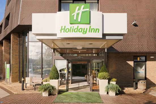 Holiday Inn Lancaster: Hotel Entrance - ready to welcome you.