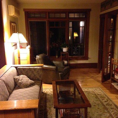 Canton, NY: Living room