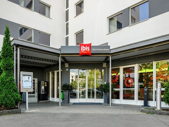 ‪ibis Zurich Messe Airport‬