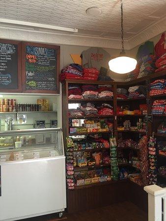 Afton, MN: Cute ice cream parlor!