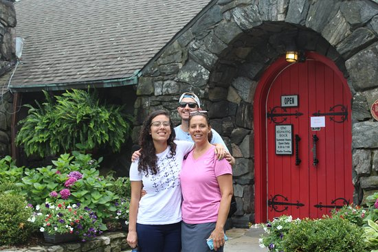 The Blowing Rock: In front of the gift shop