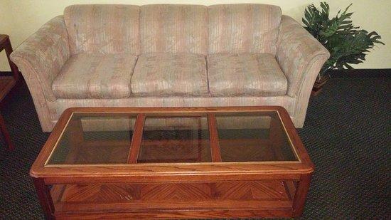 Super 8 Carlisle-South: yard sale furniture