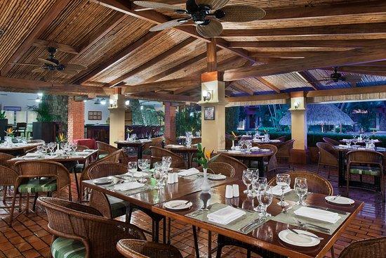 DoubleTree by Hilton Hotel Cariari San Jose: Las Tejas Restaurant