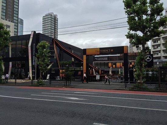 Mercedez-Benz Connection Tokyo