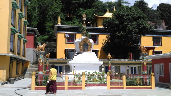 Tashi Jong Buddhist Monastery : P_20160901_113701_large.jpg