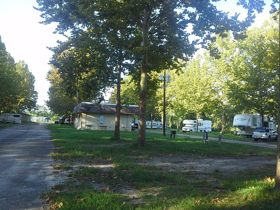 In & Out RV Park